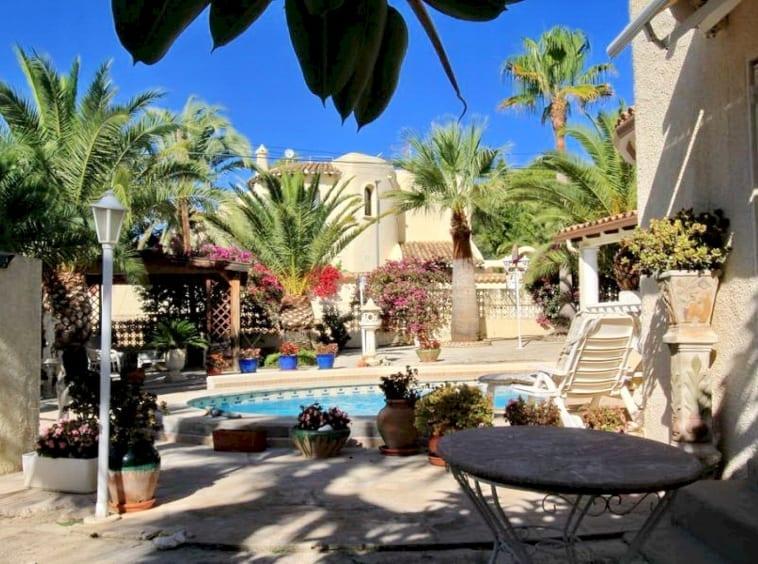 Villa for sale in Altea La Vella